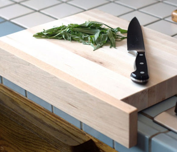 Cutting Board with Front Ledge.: Cutting Boards, Good Ideas, Crafts Ideas, Cut Boards, 50Splinterswoodwork, Cut Stuff, Awesome Ideas, Front Ledge, Great Ideas