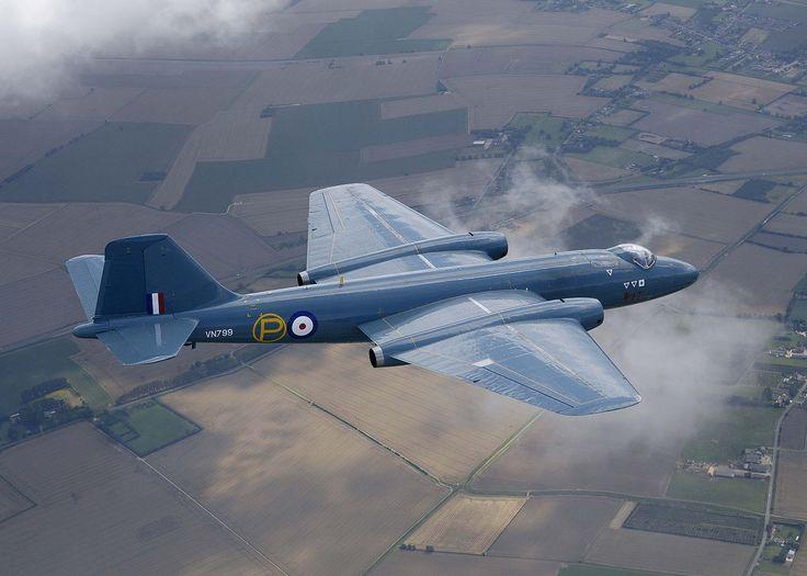 1949 - Royal Air Force (RAF) / Royal Navy Fleet Air Arm (RNFAA) English Electric Canberra (Bomber)