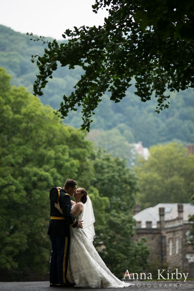 Great wedding photo of the greenery and architecture found at West Point/USMA