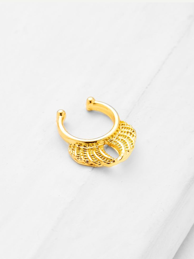 Shop Metal Plated Nose Ring online. SheIn offers Metal Plated Nose Ring & more to fit your fashionable needs.