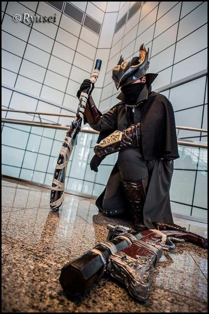 Bloodborne Cosplay - Hunter by Mekiwates on DeviantArt