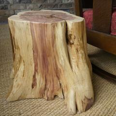 Cómo crear una mesa de tocón de árbol | eHow en Español