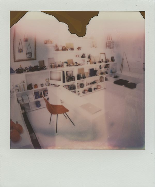 Polagraph shop & gallery /// Polaroid Prague city guide www.spud.cz