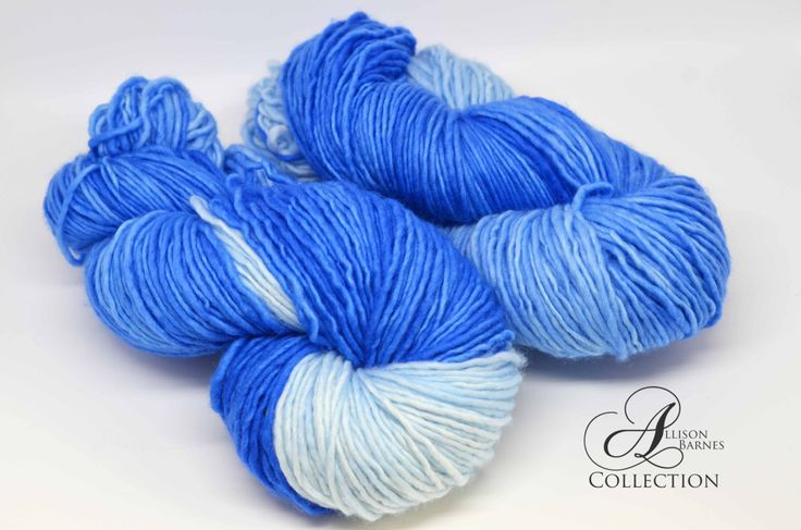 Hand Dyed Superwash Merino Wool Yarn - Single Ply Worsted weight - Blue Fizz by allisonbCOLLECTION on Etsy