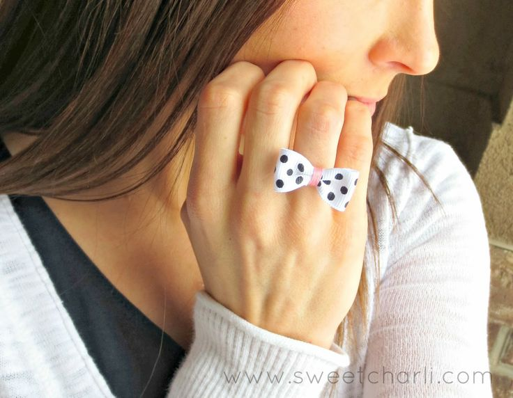 The Little Bow Ring Tutorial.  This ring is under $1 and only takes minutes to make.  Perfect project for a group of girls, girls camp, etc. #bow #accessory