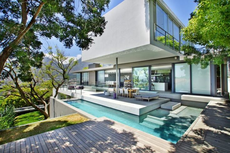 Hildene 2  Luxurious Tamboerskloof villa with all the bells and whistles conveniently situated close to Cape Town CBD and surrounds.