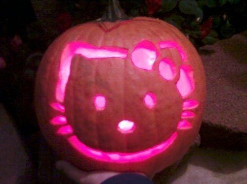 Hello Kitty ...             Happy Halloween