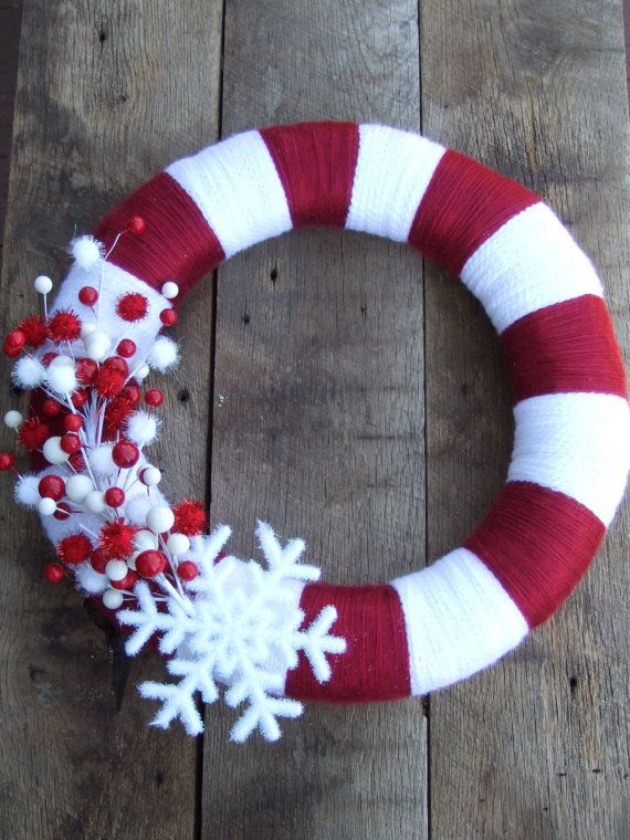 wreath: Christmas Wreaths, Candy Canes Wreaths, Yarns Wraps, Christmas Candy, Christmas Yarn, Front Doors, Holidays, Candy Cane Wreath, Yarns Wreaths