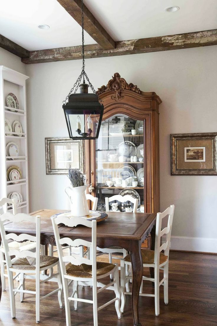 Farmhouse French Style: love the plates against the wall