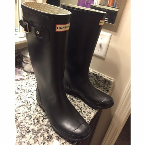 Hunter boots (wide calf) These are still in great condition! I just got a new pair so I am selling these! They are black matte wide calf! Hunter Boots Shoes Winter & Rain Boots