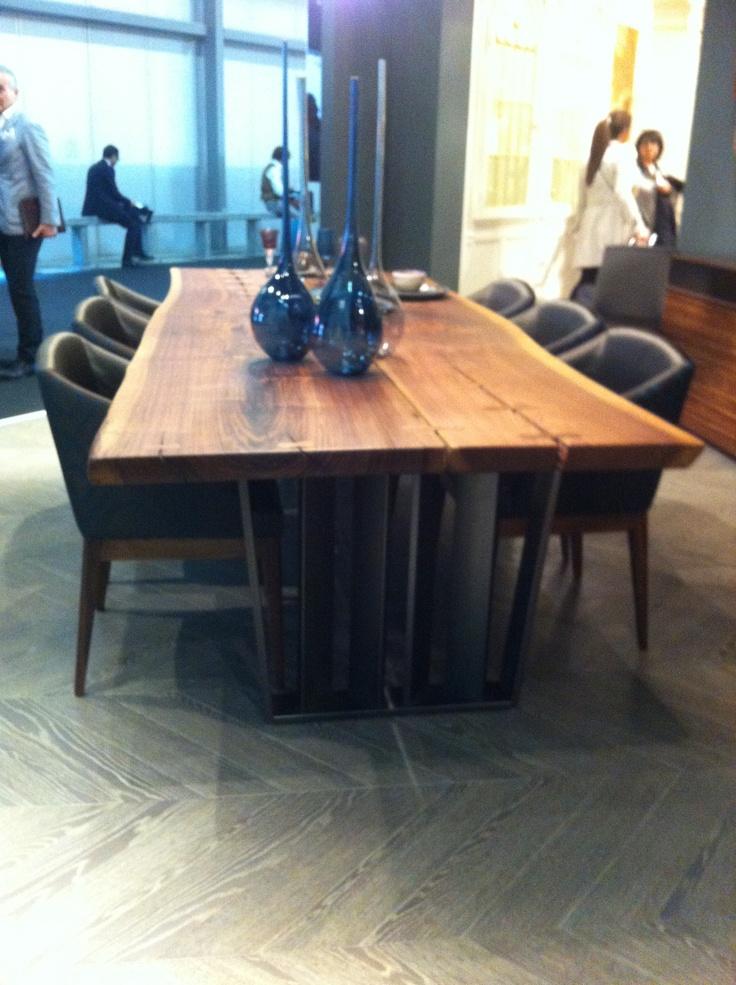 Nuova base per il tavolo Leinardo Bbrotto