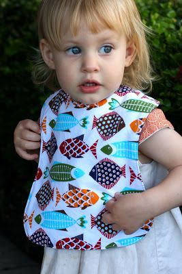 Climbing the Willow: free baby bib pattern