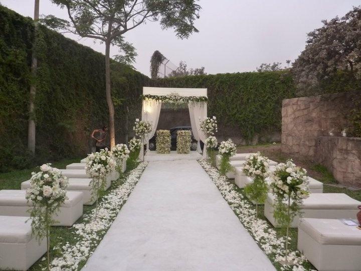 Ceremonia civil moderna pero romántica