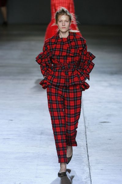 London FW FW 2014/15 – Simone Rocha. See all fashion show on: http://www.bmmag.it/sfilate/london-fw-fw-201415-simone-rocha/ #fall #winter #FW #catwalk #fashionshow #womansfashion #woman #fashion #style #look #collection #LondonFW #simonerocha