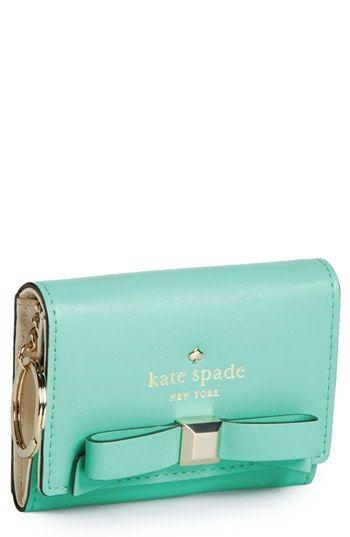 Cutest. wallet. ever. http://rstyle.me/n/grgh2n2bn