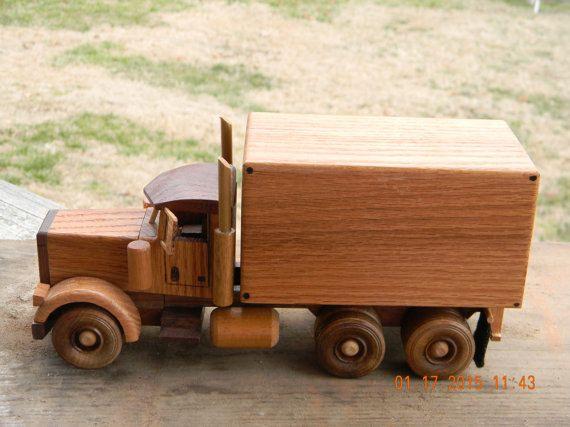 Box Truck от makinsawdusttx на Etsy