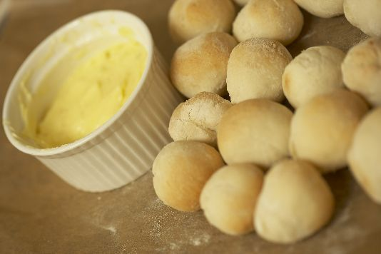 doughballs dough balls recipe - really need to use strong bread flour as opposed to plain flour for taste!