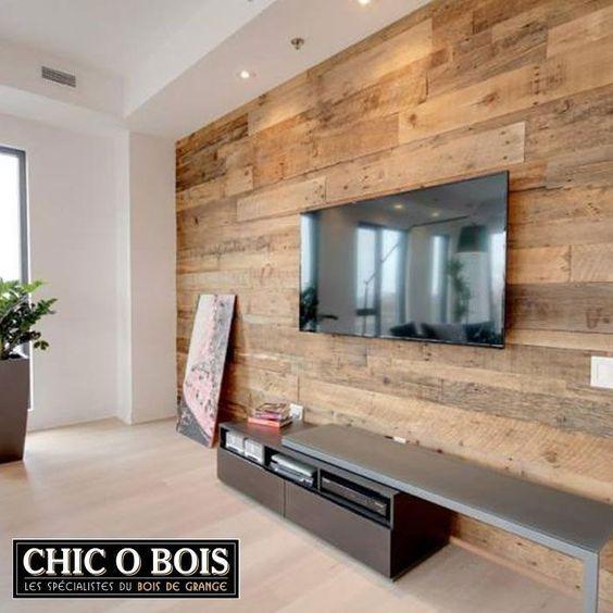 Pour un revêtement de mur en bois de grange, un meuble en bois de grange ou des…