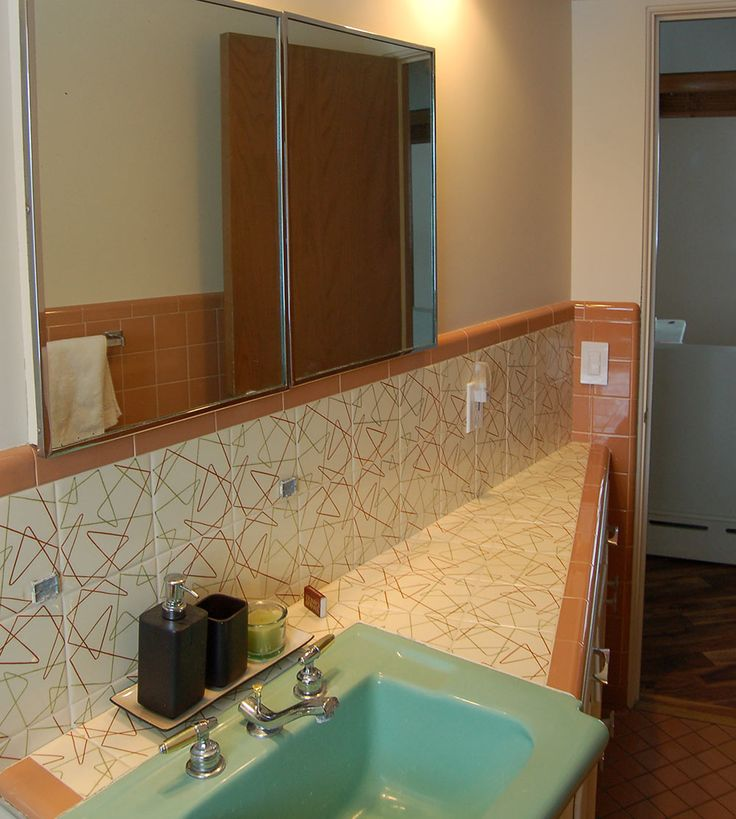 Spectacular Mosaic Tile Company Decorative Tiles In Roger And Lynseyu0027s 1953  Bathrooms Part 64