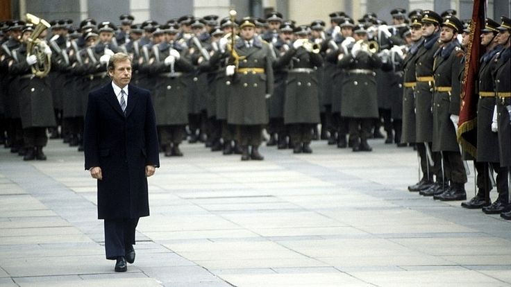 the worldly respected Václav Havel, is famous for wearing too short trousers at his own inauguration into the office. A lot of us were told that the personality, not the surface is important when judging a person.