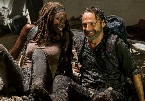 The Walking Dead 7x12 'Say Yes' Rick and Michonne