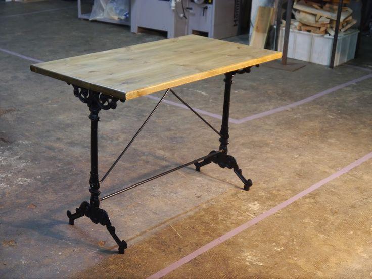 Dadra ,Muebles en hierro y decoración de hierro estilo industrial y vintage, mesas y sillas plegables vintage , taburetes estilo industrial .