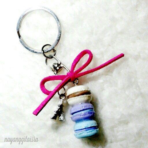 macaron stack with tiny eiffel charm keychain #handmade #clayart #macaron