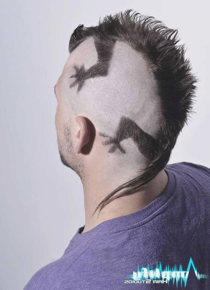 Pin Von Julio Alejo Auf Corto Haarschnitt Manner Irokese Manner Frisuren