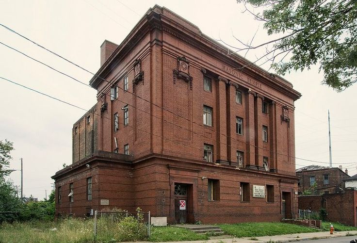 These abandoned Masonic Lodges, temples and meeting halls are eerie, atmospheric places, where fraternal rituals of Freemasonry have long since faded.