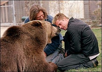 bart the bear his trainer doug and brad pitt bart the
