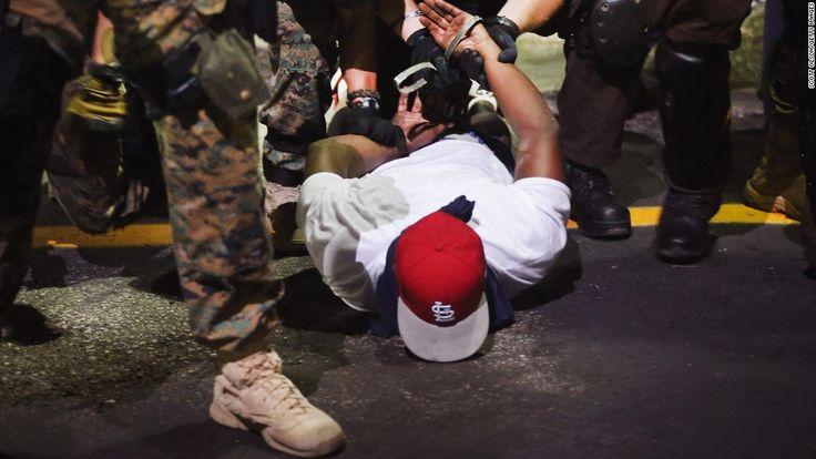 """La Policía De Ferguson """"Discrimina"""", Según El Departamento De Justicia De EE.UU."""
