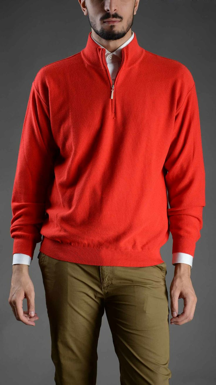 Half zip jumper, elasticated cuffs and bottom. 100% wool.