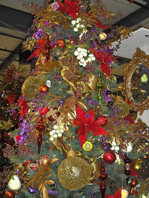78c8f6b424dd55dcc07af61442925e66  colorful christmas tree gold christmas tree