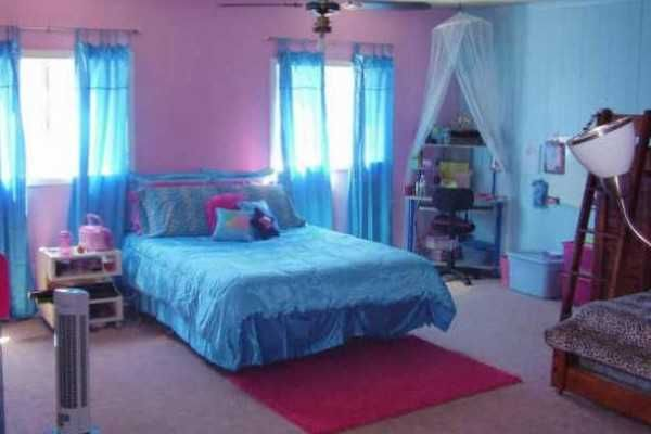 Girls bedroom ideas blue and pink with white tulle Blue teenage bedroom
