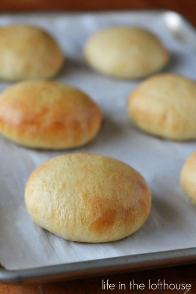 coconut flour hamburger buns | PINNING JUNKIE