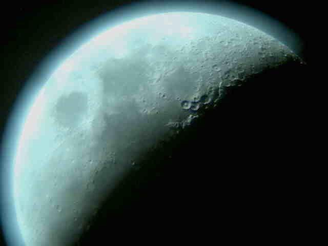 Sono di nuovo loro, le grandi potenze del passato, a rilanciare il progetto delle missioni umane verso la Luna. [VIDEO/INFOGRAFICA]