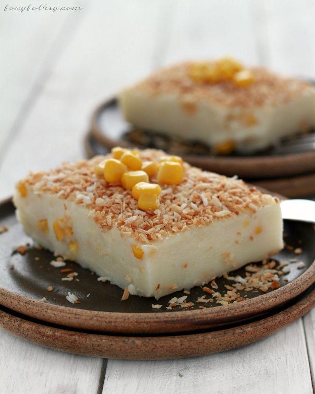 MAJA BLANCA (COCONUT MILK PUDDING) (Filipino Recipe) Light and soft, coconut pudding with corn kernel.