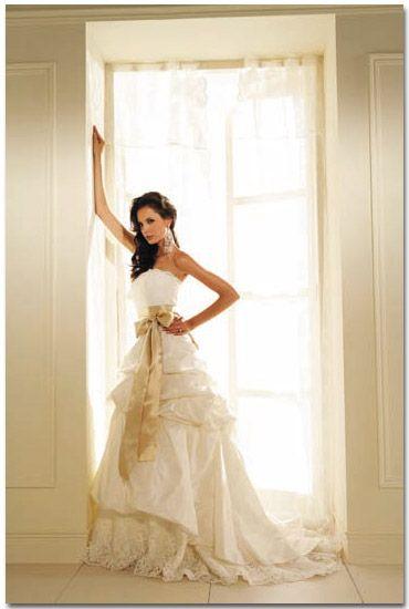Oltre 20 migliori idee su Old fashioned wedding dresses su