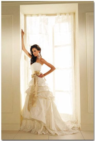 1000  ideas about Old Fashioned Wedding Dresses on Pinterest - Old ...