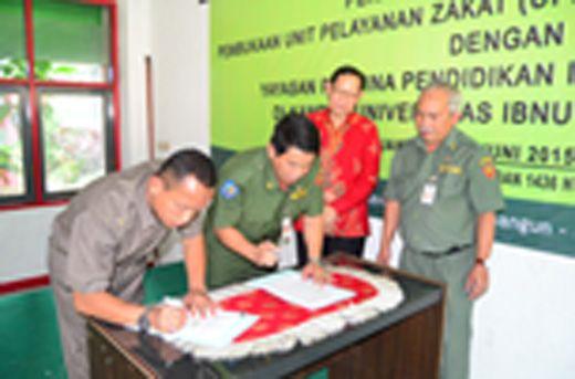 Media Online Borbor News: BAZIS provinsi DKI Jakarta Tandatangani MoU Dengan...