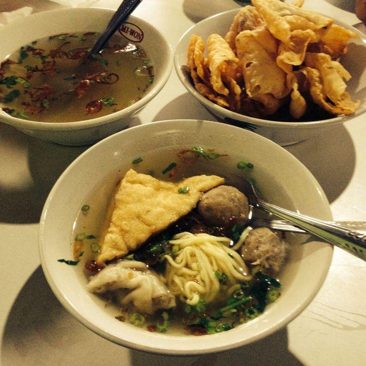#Bakwan #Malang, maknyos the #IndonesianFood #healthfood #foodporn #food #jakarta #bandung #semarang #surabaya #medan #tangerang #banten #bandung #instagrammania #instagood #instagramania #instanesia #instamood #iphonesia #photooftheday #instacollage #makanan #sehat #kesehatan #instafood