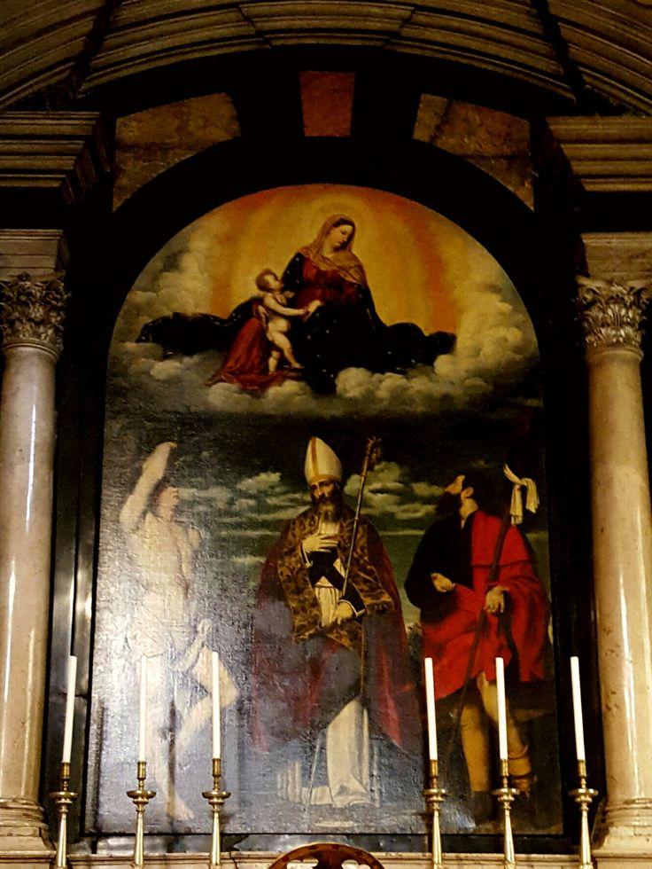 Basilica di Santa Maria delle Grazie  Madonna col Bambino in gloria con i santi Rocco, Martino e Sebastiano Moretto  1525