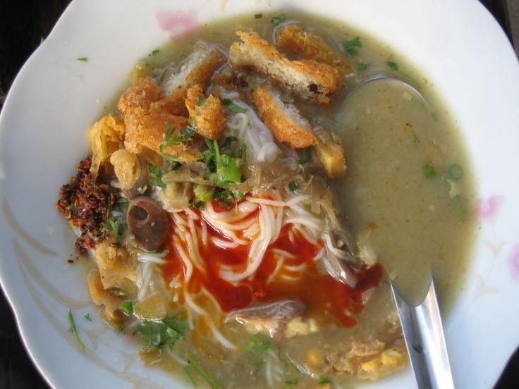 wikiHow to Cook Myanmar Mohinga -- via wikiHow.com