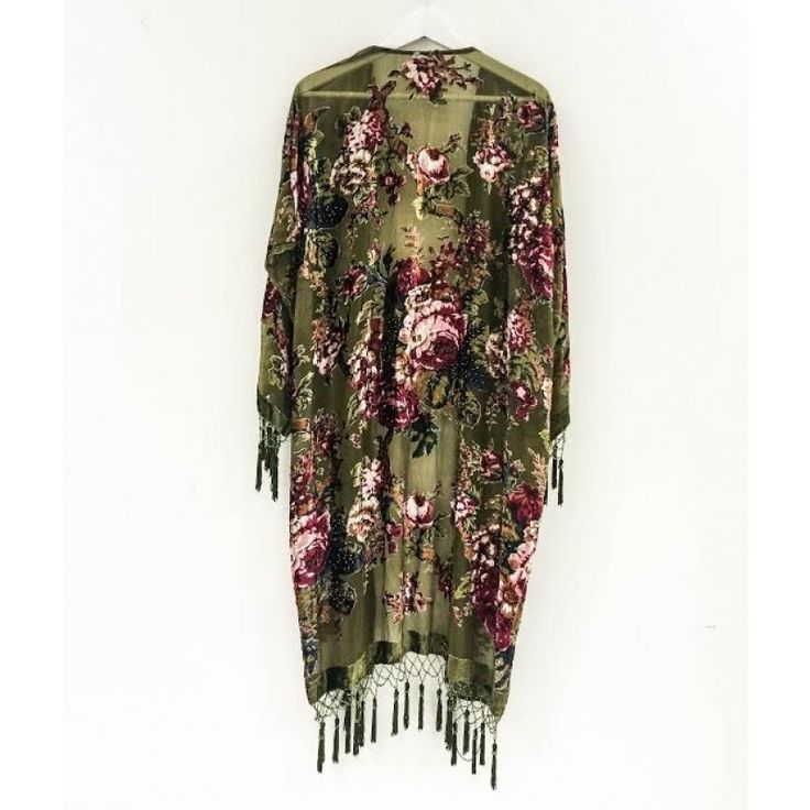 Kimono i grön sammet