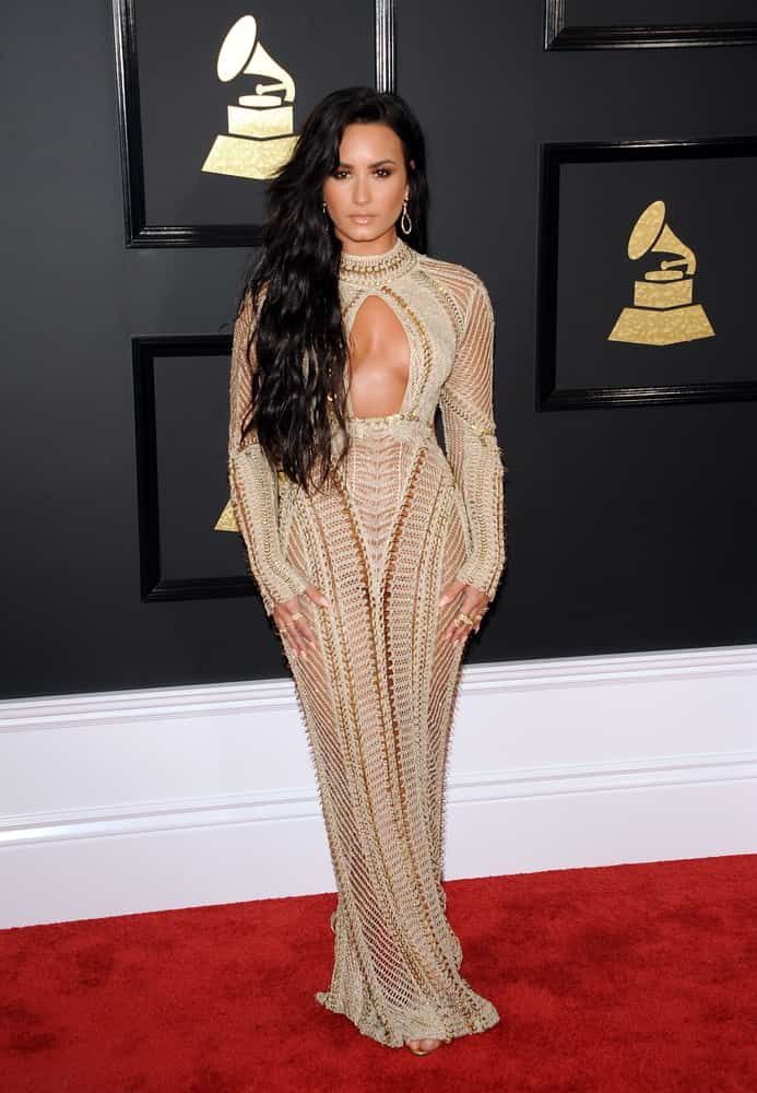 See our favorite WOW looks from the 2017 Grammys. Full disclosure: these Grammy fashion ensembles aren't super wearable, but inspiring nonetheless!   via @fabulousforless