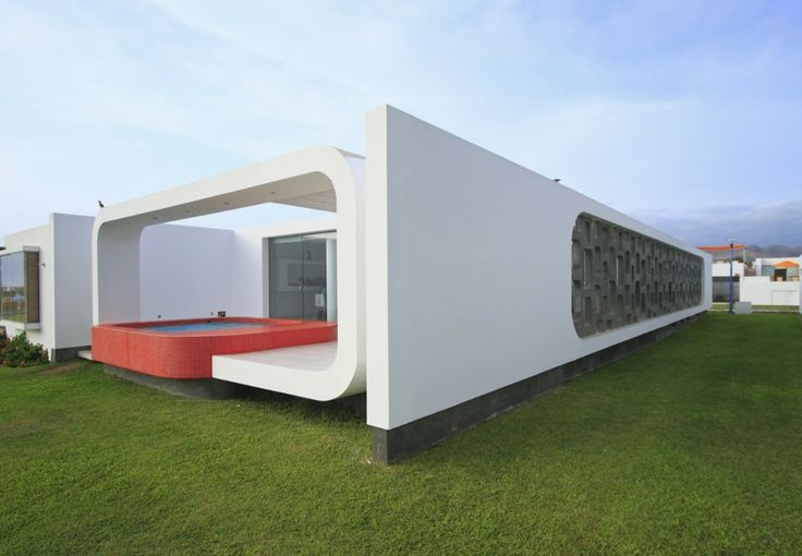 House In Palabritas / Metropolis