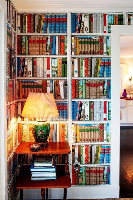 Best 25 wallpaper bookshelf ideas on pinterest bookcase for Cache fils mural