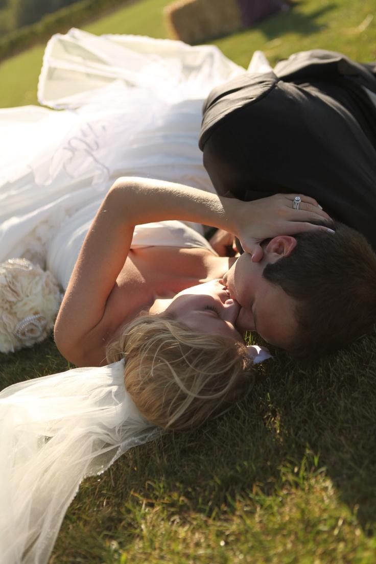 Favorite wedding picture <3: Photo Ideas, Wedding Pictures, Engagement Weddings Pictures, Cute Pictures, Pics Idea, Photography, Pictures Perfect, Pictures Idea, Picture Ideas
