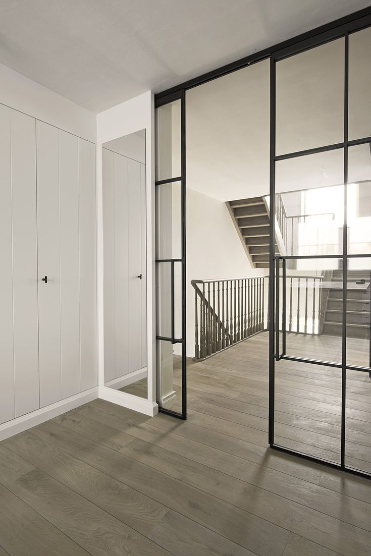 porte et paroi en fer forg avec verre deco en 2019. Black Bedroom Furniture Sets. Home Design Ideas