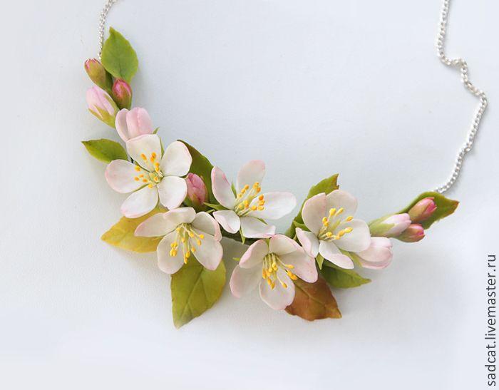 """Купить Колье """"яблоневый цвет"""" (вариант №2) - украшение для невесты, свадебное украшение, яблоня"""